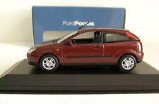 MINICHAMPS Ford Focus 3 portes 1998  1/43  Dealer edition , boite d'origine Ford