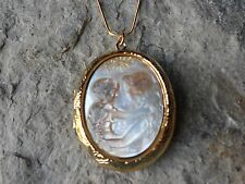 REAL BLACK LIP SHELL MOTHER AND CHILD CAMEO GOLD PLATED LOCKET - MOTHER'S GIFT