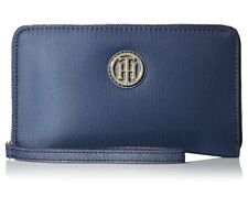 AUTH. BNWT TOMMY HILFIGER WOMENS  CHECKBOOK WALLET (BLUE)
