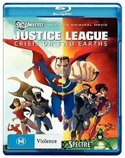 JUSTICE LEAGUE :CRISIS ON TWO EARTHS  animated  -  Blu Ray - Sealed Region free
