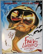 JOHNNY DEPP & BENICIO DEL TORO SIGNED 11x14 PHOTO FEAR AND LOATHING IN LAS VEGAS