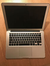 MacBook Air 13-Zoll (Early 2015) - 1.6 GHz - 8 GB RAM - 256 GB Flash