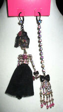 BETSEY JOHNSON CREEP SHOW  SKELETON SKULL GIRL NIS MATCHED EARINGS