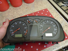 VW Golf mk4 Bora Benzina Speedo Orologi Strumento Cluster Display Full Mid