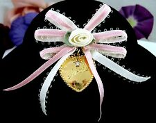 Avon MOTHER RIBBONS & HEART  Brooch Vintage Pin Pink, White Rhinestone With BOX