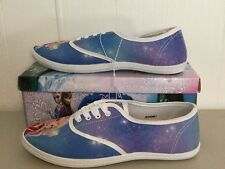 NIB Disneys Frozen Princess Elsa & Anna Womans Canvas Lace Sneaker Size 7 Shoes