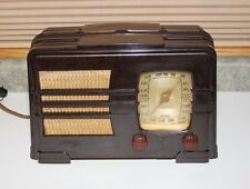 Emerson Marbled Bakelite Radio - Model 149 AM - Shortwave