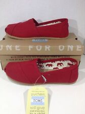 Toms Women's Size 8 Classic Red Canvas Slip On Casual Loafers Shoes ZJ-602