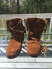 Minnetonka Women's Sz 9 Brown Sueded Leather Fringe Boots Shoes Moccasins Soles