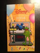 CHASE VISA EXCLUSIVE DISNEY PIN 2014 KERMIT THE FROG with 3D Mickey Balloon MOC
