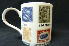 Différents timbres du monde tasse dans une boîte imprimé en céramique de collection