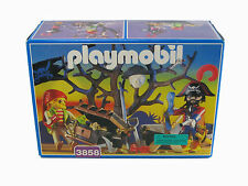 RARE PLAYMOBIL 3858 PIRATES TREASURE CHEST GOLD BOAT TREE SWORDS NEW SEALED BOX