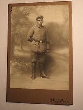 Ebingen - stehender Soldat in Uniform mit Stiefel - Regiment Gren.R 119 / KAB