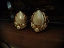 Vintage Pearl Clip Earrings with Gold Flowers. Miriam Haskell Style.
