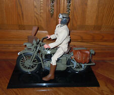GI JOE CLASSIC COLLECTION US ARMY COURIER & WLA 45 HARLEY DAVIDSON MOTORCYCLE