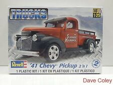 Revell trucks series 1:25th scale 1941 Chevy Pickup 2n1 model truck kit