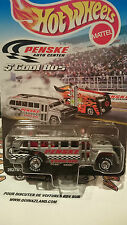 hot wheels  Penske Special Edition S'Cool Bus (9996)
