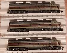 Three IHC HO E8 Lackawanna engines