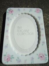"""Ceramic White with Pink Roses Photo Frame 6"""" x  4"""" with Oval Center 4"""" x 3"""""""