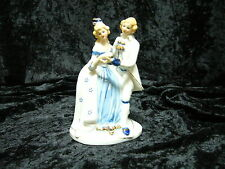 Male and Female Dancing Figurine (857) Blue White Gold Coloured