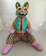 OAXACAN wood carving EXQUISITE CAT Signed Antonio Arrazola OAXACA Colorful!!
