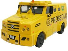 MERCEDES BENZ Transport values strong car scale 1/43 Amazing Trucks From Brazil