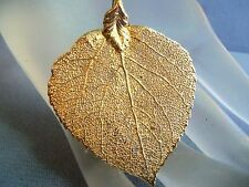VINTAGE GOLD PLATED LEAF PENDANT ESTATE JEWELRY SO PRETTY