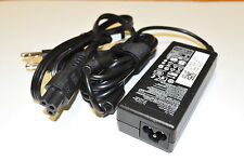 NEW Genuine Dell Latitude D610,D620, 65W 19.5V 3.34A YT886 New Slim AC Adapter