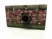 1/35 scale Retaining wall with outflow pipe - 85mm x 50mm ceramic model