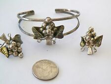 VNTG MEXICAN STERLING SILVER GRAPE/LEAF BRACELET & EARRINGS 36.9 GRAMS*NO RESERV