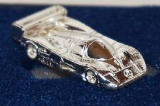 Mercedes-Benz Rennwagen aus Metall SILBERFABEN in kleiner Schatulle 1:160 (7)