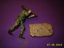 US Modern Infantry Soldier figure on stand w/missile launcher 2006 TMP INTL INC.