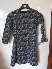 Short Black & Grey Leaves Pattern Topshop Dress in Size 8