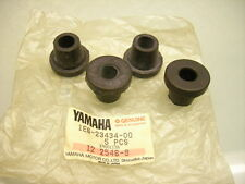 4x ORIG. YAMAHA 1E6-23434-00 XT 500 HANDLE BAR HOLDER RUBBER DAMPER FORK BRACKET