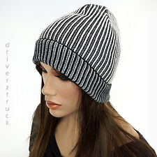 SIMPLY VERA WANG Winter BLACK & WHITE Stripe BEANIE HAT with SILVER Metallic CAP