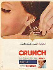 Publicité 1964  CRUNCH  chocolat au lait au riz croquant  NESTLE