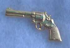 Vintage Gold Smith & Wesson model 686 pistol hat pin or tie tack