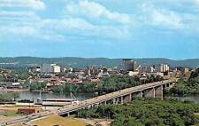 USA The new Freeway and Olgiati Bridge over the Tennessee River Chattanooga
