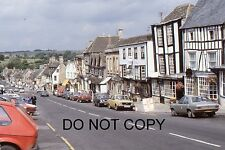 35mm COLOUR SLIDE - BURFORD HIGH STREET VIEW WITH MANY CARS - 1970's?
