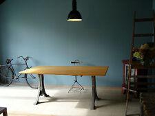 1aus25 Industrie Tischgestell Tischunterteil Tischbeine Gusseisen /Nur die Beine