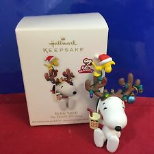 Hallmark Ornament Peanuts and the Gang In the Spirit 2012