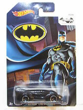 HOT WHEELS BATMAN 2014 LIVE BATMOBILE #01/08
