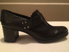 NEW Women's CLARK's Black Leather Slip On Shoe Size 11m