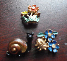 "Lot of 3 Small Screw Back Flowers and Snail 1/2"" Tall"