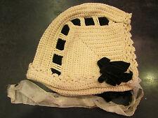 ravissant ancien bonnet de bébé enfant tricot ruban noeuds velours noir