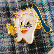 1 PCS of Dental Clinic Gift Metal Teeth Tooth Type Brooch Professional Dentist
