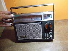Sony AC/battery AM/FM 2 band Receiver ICF-7740/ memery button
