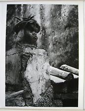 PHOTO ART ARGENTIQUE AMALFI ITALIE 1954  SCULPTURE SUR TOIT TETE COURONNÉE j310