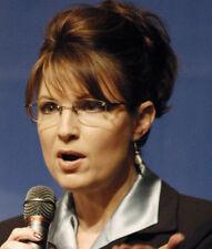 Sarah Palin UNSIGNED photo - 9120 - Ninth Governor of Alaska