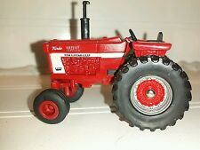 1/64 ertl custom farm toy ih farmall international 966 tractor open station